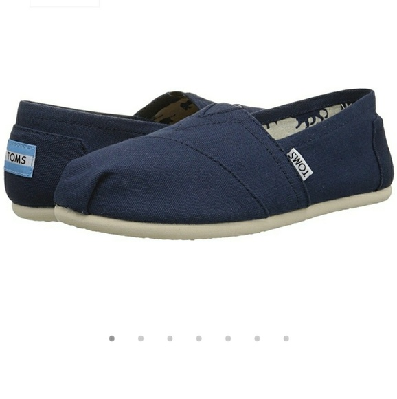 8ee684cb98f TOMS Classic Navy Canvas Espadrille. M 5a62b89731a376abf3743c74